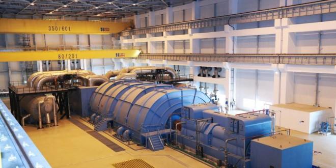 中国自主三代核电华龙一号全球首堆并网成功